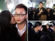 Tình yêu - Giới tính - Các cặp tình nhân hôn nhau trước thềm năm mới