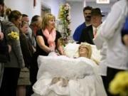 Eva Yêu - Xúc động những đám cưới của cô dâu, chú rể trên giường bệnh
