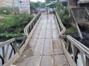 """Tin tức - Người Sài Gòn liều mình qua cây cầu """"đưa võng"""""""