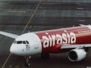 Tin tức - Máy bay AirAsia chết máy kèm tiếng nổ lớn
