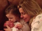 Làm mẹ - Em bé sinh ra với sứ mệnh cứu sống chị gái 3 tuổi