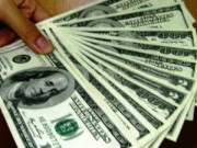 Mua sắm - Giá cả - USD ngân hàng kịch trần những ngày đầu năm