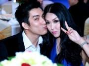 Làng sao - Chồng Phi Thanh Vân hôn vợ thắm thiết giữa sự kiện
