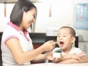 Làm mẹ - Sai lầm của mẹ làm mất tác dụng của sữa chua