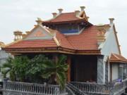 Nhà đẹp - Choáng váng những ngôi nhà gỗ lim tiền tỷ của lão nông Việt