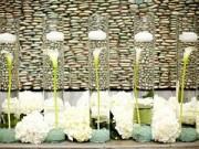 Trang trí nhà cửa - Ngất ngây bình cắm hoa trong nước mỏng manh