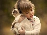 Xem & Đọc - Bộ ảnh đẹp ngất ngây của trẻ em bên các loài động vật