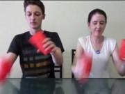 """Clip Eva - Clip cặp đôi trình diễn """"Cup song"""" với tốc độ chóng mặt"""