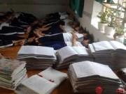 Tin tức - Hình ảnh ấn tượng về buổi trưa của một cô giáo tiểu học