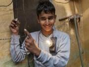 Tin tức - Cậu bé Ấn Độ chịu được dòng điện 11 nghìn Vôn