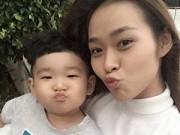 """Làng sao - Hot girl Diệp Bảo Ngọc """"đọ"""" vẻ xì tin cùng con trai"""