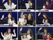 Làm mẹ - Bà mẹ 8 năm liền bế con đi họp Quốc hội