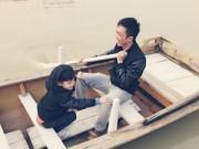 Làng sao - Cường Đô la và Subeo thích thú chèo thuyền ở Hà Nội