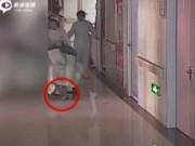Tin tức - Sinh ra trên xe lăn, em bé TQ bị y tá kéo lê hơn 10m