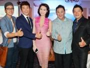Hậu trường - Trương Hải Vân kiêu sa, gợi cảm bên dàn diễn viên nam