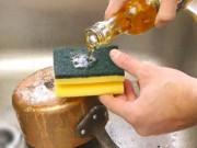Bếp Eva - Xoong, nồi sạch bóng nhờ muối và dấm