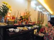 Tin tức - Không nên đặt cành vàng, lá ngọc xin ở chùa lên bàn thờ