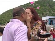 """Làm mẹ - Tập 15 Bố ơi: Minh Khang Thuý Hạnh """"khoá môi"""" trên truyền hình"""