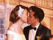 Làng sao - Chồng Ngân Khánh nhận nhầm cô dâu trên sân khấu