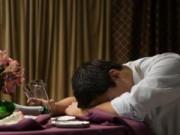 Eva tám - Chán quá, cả tháng chồng nồng nặc mùi rượu