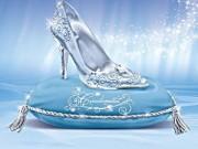 """Thời trang - """"Đẹp như mơ"""" 9 phiên bản giày công chúa Lọ lem"""