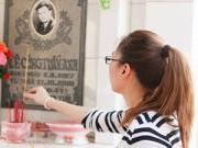 Làng sao - Mỹ Tâm đến thăm mộ Lê Công Tuấn Anh
