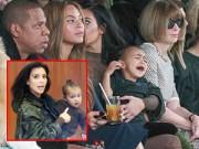 Làng sao - Kim Kardashian bị chỉ trích vì để Nori khóc giữa show diễn