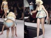 """Thời trang - Những cú ngã """"nhớ đời"""" nhất của chân dài trên sàn catwalk"""
