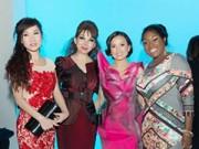 Hậu trường - Em gái tỷ phú của Cẩm Ly chúc mừng Quỳnh Paris