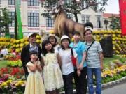 Tin tức - Mồng 1 Tết, người Sài Gòn đổ ra đường du xuân
