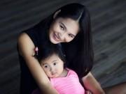 """Làng sao - HH Hương Giang khoe con gái """"trổ tài"""" múa ballet"""