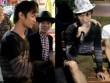 Lệ Rơi gây chú ý khi hát ở đường phố Sài Gòn