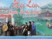 Tin tức - Lượng khách đông khó tin tại Hội Lim