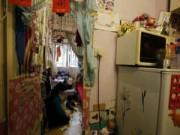 Tin trong nước - Cuộc sống chật vật bên trong những căn hộ siêu nhỏ ở Hồng Kông