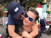 """Làng sao - Mr Đàm bị """"trai đẹp"""" ôm hôn giữa phố"""