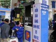 Mua sắm - Giá cả - Tăng phí bảo vệ môi trường với xăng lên gấp 3 lần