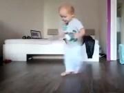 Clip Eva - Bố dạy con nhảy hiphop cực đáng yêu