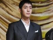 Kim Hyun Joong nhập ngũ  & quot;né & quot; scandal làm bố