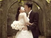Làng sao - Thanh Thanh Hiền hôn con trai Chế Linh trong ảnh cưới