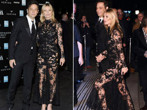 Kate Moss diện đồ xuyên thấu nổi bật tại sự kiện