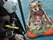 Tin hot - Indonesia ngừng tìm kiếm QZ8501, 56 người vẫn mất tích