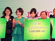 Hậu trường - Diva Mỹ Linh trao học bổng cho con em phụ nữ khó khăn