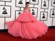 Thời trang Sao - Rihanna đột nhiên phát cuồng với màu hồng