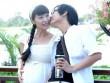 Làng sao - Lê Kiều Như bế bụng bầu 7 tháng đi dạo cùng chồng