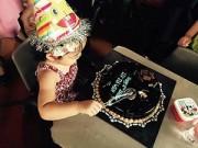 Hậu trường - HH Hương Giang mừng sinh nhật con gái 2 tuổi