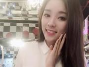"""Hậu trường - Hoa hậu Kỳ Duyên khoe mặt thon gọn """"bất thường"""""""