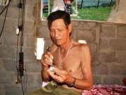 Tin tức - Nghệ An: Lạ lùng người đàn ông ăn cao xoa bóp