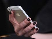 Tin tức - Con gái đầu độc mẹ vì không được dùng iPhone