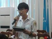 Tin tức - Học sinh sợ môn tiếng Anh vì phải chép mỏi tay, vở đặc chữ