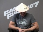 Clip Eva - Vin Diesel, Jason Statham thích thú đội nón lá Việt Nam
